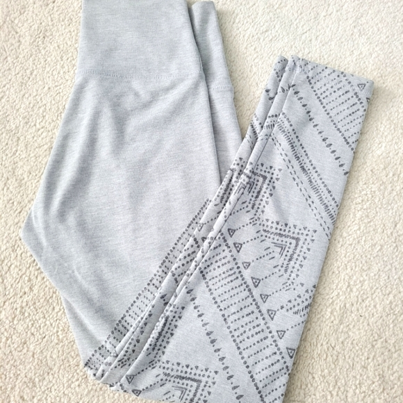 AERIE High rise Leggings with pattern